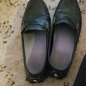 8.5 colehann black loafers